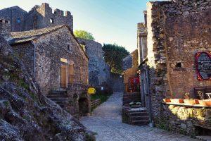 Preciosas calles Medievales en La Couvertoirade
