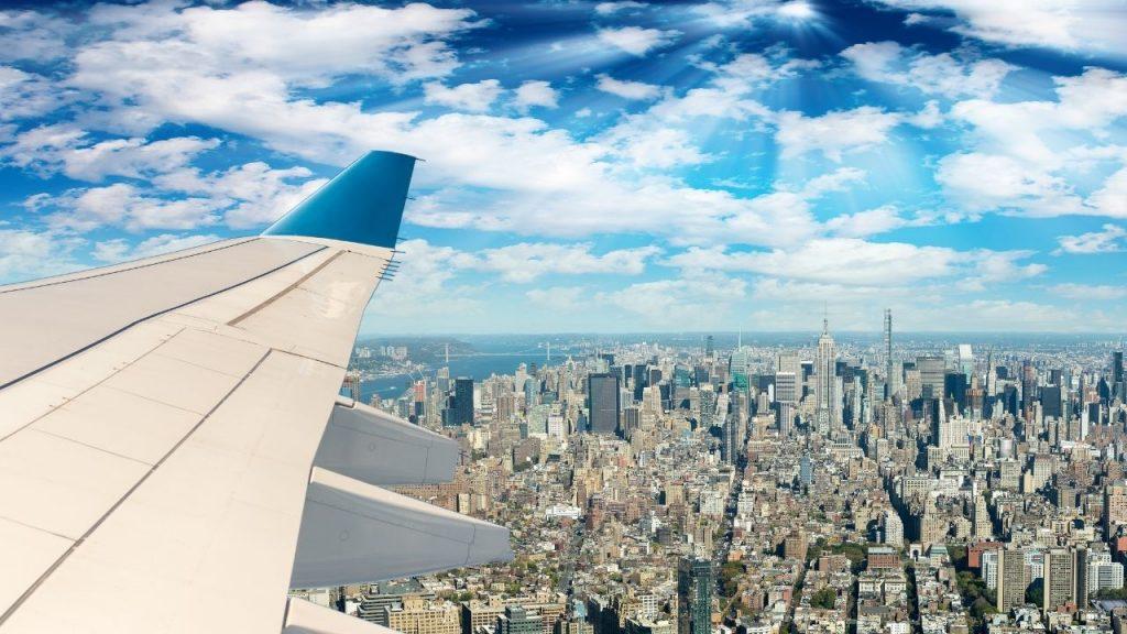 United aumenta su frecuencia de vuelos para la temporada navideña