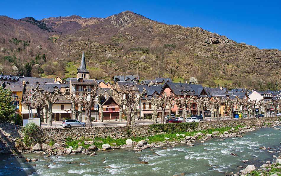 Bossost uno de los pueblos mas bontios del valle de aran